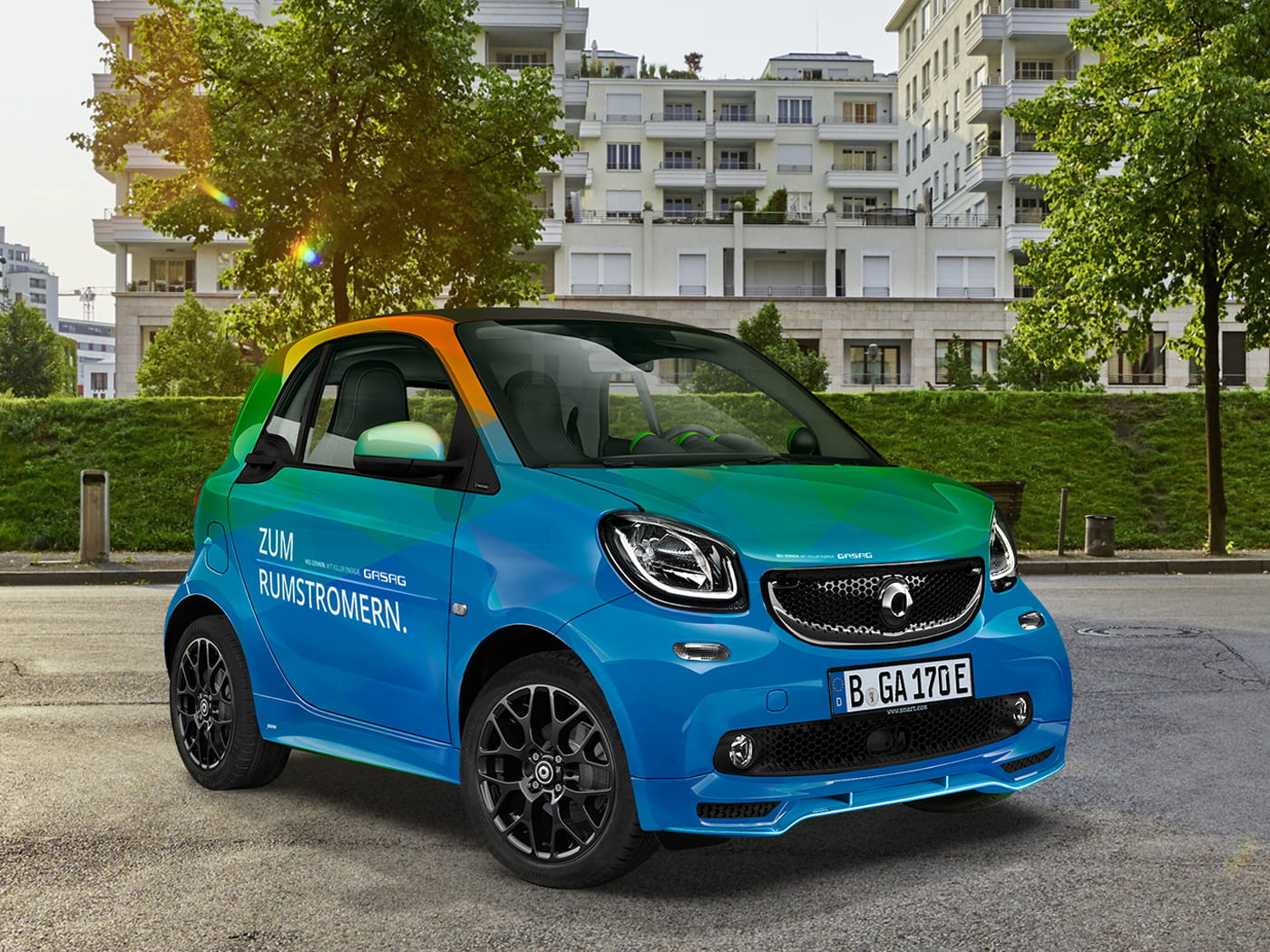 RCT-E-Mobility-ForTwo-Y-Design-1400x1050px