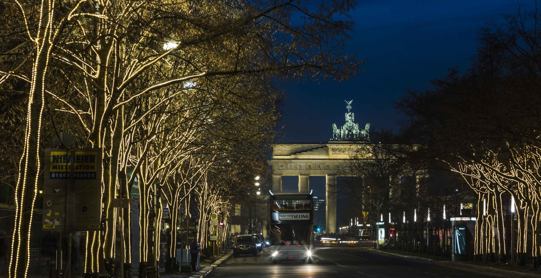 Unter Den Linden Weihnachtsbeleuchtung.Endlich Ist Advent Gasag